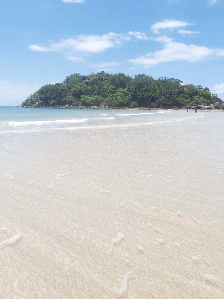 Ilha Johnny Bianco, na Praia Branca